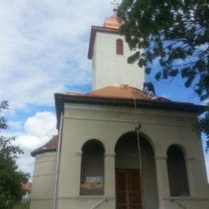 montaj acoperis biserici
